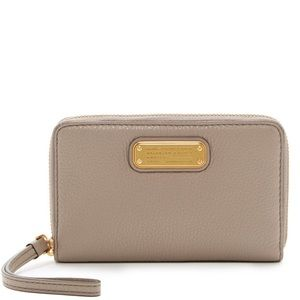 Marc Jacobs Wristlet Wallet, Taupe